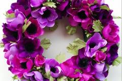 Lila Blütenkranz